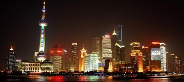 shanghai-financial-district-night-http://v2.cache8.c.bigcache.googleapis.com/static.panoramio.com/photos/original/46083498.jpg?redirect_counter=1